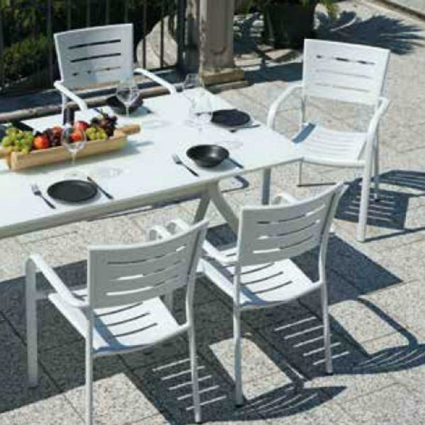 Sedie Da Giardino Firenze.Tavolo Da Giardino 220 X 92 In Alluminio Bianco Firenze Mama